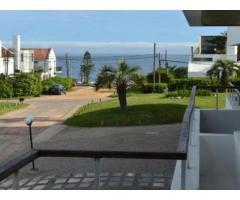 Alquiler apartamento a 30 mts. de la playa Montoya.